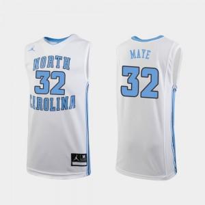 Youth North Carolina Tar Heels #32 Luke Maye White Replica College Basketball Jersey 306915-529